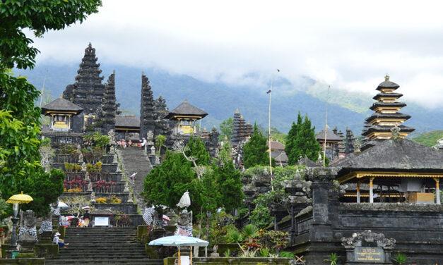 Pura Besakih – Balinese Hindu Temple Series